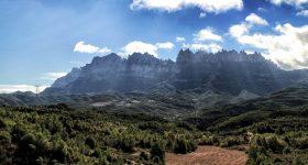 001_Montserrat vista de lluny